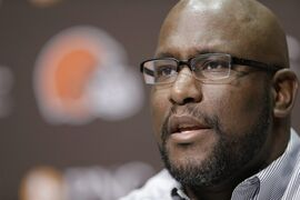Cleveland Browns general manager Ray Farmer answers questions during an NFL football news conference Thursday, April 23, 2015, in Berea, Ohio. There's a natural connection between Marcus Mariota and the Browns, but Farmer says he doesn't understand why he's continually attached to Oregon's quarterback. Mariota is expected to be selected high in next week's NFL draft, and because the Browns have two first-round picks, there's been widespread speculation that Farmer may move up to take him. (AP Photo/Tony Dejak)