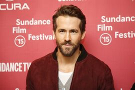 Actor Ryan Reynolds poses at the premiere of