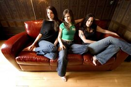 The Wailin' Jennys —Heather Masse, Ruth Moody, Nicky Mehta, from left — will play the Burton Cummings Theatre Nov. 1 as part of the Winnipeg Folk Festival's fall concert series.