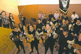 Guanajuato callejoneadas are fun-loving musicians dressed in 17th-century attire.