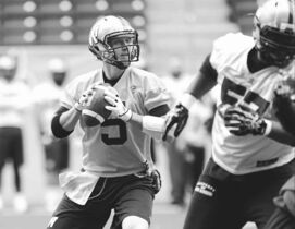 Ruth Bonneville / Winnipeg Free PressWinnipeg quarterback Drew Willy threw a full array of passes at practice Wednesday, one day after resting his ailing shoulder.