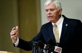 Sheriff Stanley Glanz speaks during a news conference about the reserve deputy Robert Bates' shooting of Eric Harris on Monday, April 20, 2015. Glanz said he doesn't believe training records were falsified for a volunteer deputy who said he confused his handgun for his stun gun before fatally shooting Harris this month. (Mike Simons/Tulsa World via AP) ONLINE OUT; KOTV OUT; KJRH OUT; KTUL OUT; KOKI OUT; KQCW OUT; KDOR OUT; TULSA OUT; TULSA ONLINE OUT