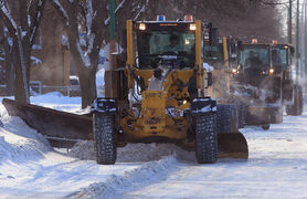 The overnight parking ban on snow routes begins next week.