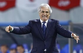 Japan's coach Vahid Halilhodzic of Bosnia and Herzegovina reacts during an international friendly soccer match between Japan and Uzbekistan in Tokyo Tuesday, March 31, 2015. (AP Photo/Shizuo Kambayashi)
