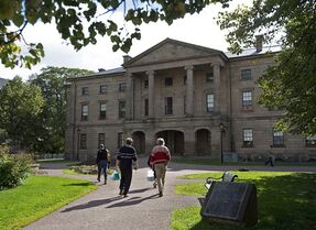Tourists visit Province House in Charlottetown on Sept. 27, 2013. THE CANADIAN PRESS/Andrew Vaughan