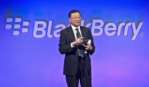 BlackBerry CEO John Chen introduces the company's new phone, the BlackBerry Classic, during a news conference, Wednesday, Dec. 17, 2014, in New York. BlackBerry Ltd. (TSX:BB) made progress towards improving its bottom line in the third quarter, but the Canadian technology company still faces an uphill battle in swaying sentiment on the smartphones that built its reputation. THE CANADIAN PRESS/AP, Bebeto Matthews