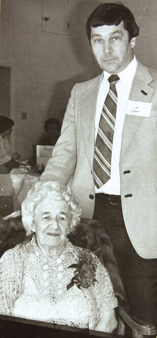 Gladys A. Bunn, who taught music in Charleswood for over 60 years, with councillor Jim Moore in 1981. Gladys died in 1987 at the age of 95.