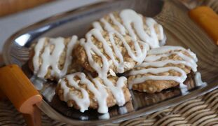 Maple Oatmeal Cookies with Maple Glaze