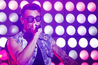 Lead singer Jacob Hoggard performs with Hedley at Winnipeg's MTS Centre on Tuesday.