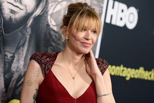 Courtney Love arrives at the Los Angeles premiere Of