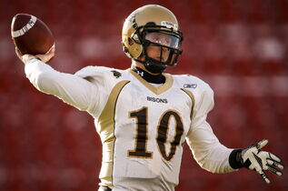 Manitoba Bisons quarterback Jordan Yantz will have to hold a hot hand today if the Herd is to get past the Montreal Carabins and into the Vanier Cup.