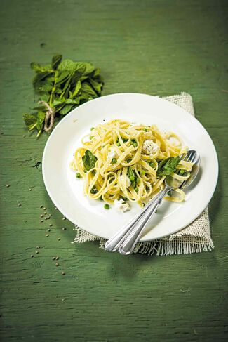 Fettuccine with Peas, Mint and Ricotta