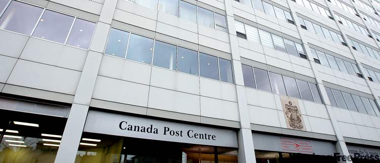 KEN GIGLIOTTI / WINNIPEG FREE PRESS archivesThe original estimate for transforming the old Canada Post building into police headquarters was $127 million in 2009. Today it will cost $155 million, a 22 per cent increase.