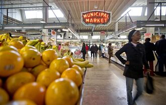 Shoppers passing through the Sweet Auburn Curb Market in Atlanta on Dec. 20, 2013. THE CANADIAN PRESS/AP, David Goldman