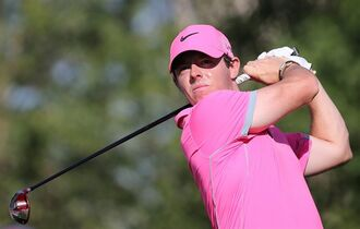 Rory McIlroy of Northern Ireland tees off on the14th hole during the round two of the Dubai Desert Classic golf tournament in Dubai, United Arab Emirates, Friday, Jan. 30, 2015. (AP Photo/Kamran Jebreili)