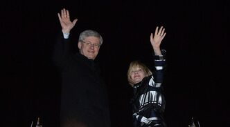 Prime Minister Stephen Harper and wife Laureen leave Ottawa for London early Tuesday, April 16, 2013. THE CANADIAN PRESS/Sean Kilpatrick