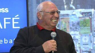 Dennis Hull had a few zingers during an interview at the Winnipeg Free Press News Café Tuesday afternoon.