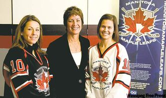 From left, Maple Leafs Melissa Coulombe, coach Jill Mathez and Chantal Larocque.