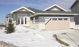 39 Borealis Bay in Sage Creek