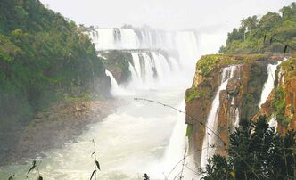 Located on the border of Argentina and Brazil and holding more than 270 separate cascades,  Iguazu Falls stretches 270 kilometres.