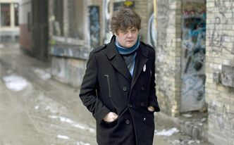 Singer/songwriter Ron Sexsmith is pictured in Toronto on Thursday February 24, 2011. Sexsmith has always had a cadre of well-known admirers who have tweaked, tweezed and transformed his sturdy compositions, including the likes of Rod Stewart, Emmylou Harris, k.d. lang and Tom Jones. THE CANADIAN PRESS/Chris Young