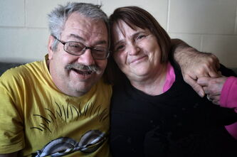 Cathy Hurd and husband Tom Carter in their Transcona home. Carter's dementia has progressed very quickly.