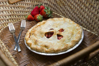 Balsamic and strawberry pie