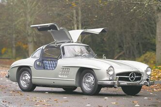 This 1955 Mercedes-Benz 300 SL Alloy Gullwing sold for US$4.2 million at Gooding & Co.'s Scottsdale, Ariz., auction -- $4.6 million after auction fees. Mercedes built only 29 units with an aluminium body.