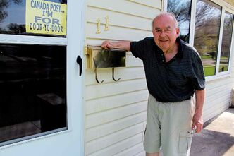 Garden City resident Ben Hanuschak, 84, is against Canada Post's plans to cut door-to-door delivery service in favour of community mail boxes.