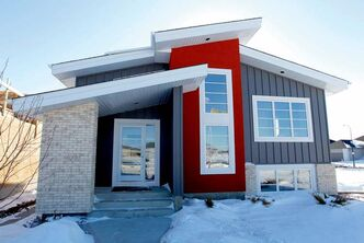 7 Water Lily Lane in Sage Creek is a raised bi-level that was built by Hearth Homes.