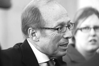 Mayor Sam Katz: cantankerous attitude toward province.
