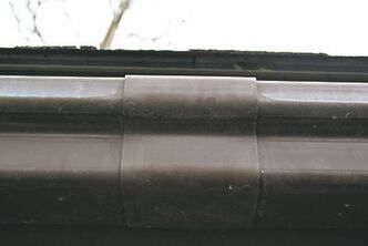 Vinyl seam joiners leak because of the high expansion/contraction ratio of vinyl gutters.