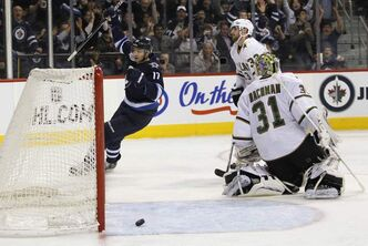 Fehr  scores game winner in 5-2 Jets victory.