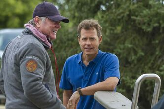 Director Randall Wallace (left) and Greg Kinnear.