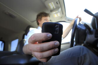 Hobo-cops are looking for distracted drivers.