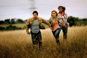 Left to right: Mark Wahlberg as Cade Yeager, Nicola Peltz as Tessa Yeager and T.J. Miller as Lucas Flannery in Transformers: Age of Extinction.