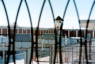 A maximum security unit of the Saskatchewan Penitentiary is pictured in Prince Albert, Sask., Jan.23, 2001. THE CANADIAN PRESS/Thomas Porter