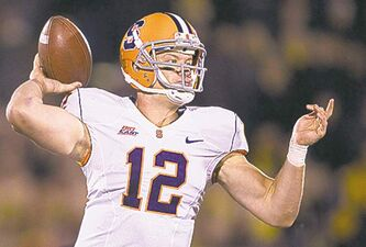 Syracuse quarterback Ryan Nassib delivers a pass in the fourth quarter against Missouri at Faurot Field on Saturday, November 17, 2012, in Columbia, Missouri. Syracuse topped Missouri, 31-27. (Shane Keyser/Kansas City Star/MCT)