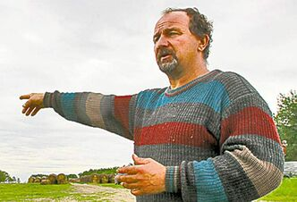 wayne glowacki / Winnipeg Free Press Neighbour Tom Dziedzic has also lost livestock to predators.
