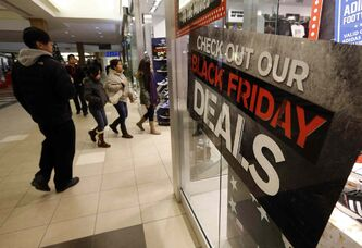 Black Friday in Winnipeg kicked off with thousands of consumers heading for Polo Park Mall and stores in the area, with some stores opening at 6 or 7 a.m.
