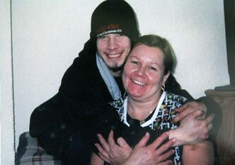 Carol De Delley with her son, Tim McLean, in 2007. McLean was beheaded by fellow bus passenger Vince Li (below).
