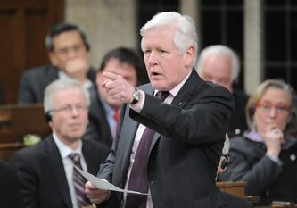 Liberal interim leader Bob Rae will speak at the Winnipeg Free Press News Café Friday.