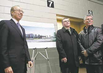 WAYNE GLOWACKI / WINNIPEG FREE PRESS Sam Katz, Don Gale and East End Community Club president Bruce Talling, (from left), with artist's rendering of the expansion project .