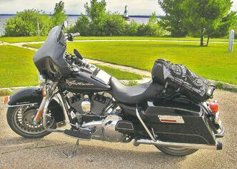 Throughout the summer, Willy rode his Harley-Davidson Road King more than 12,000 kilometres.