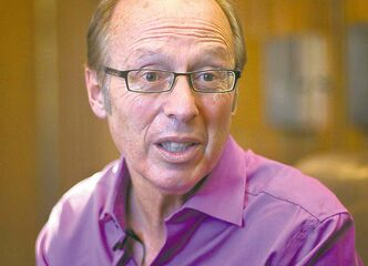 Winnipeg Mayor Sam Katz has launched a lawsuit over an opinion piece in a student newspaper.