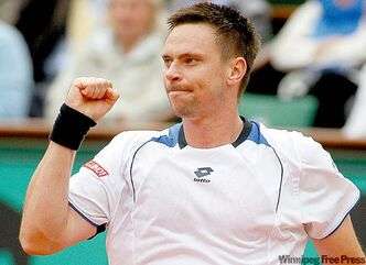 Robin Soderling never gave up, despite having lost 12 in a row to Federer.