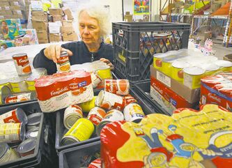 Joey-Jayne Hyltun volunteers at Winnipeg Harvest, and for the last eight years has had to use the food bank.