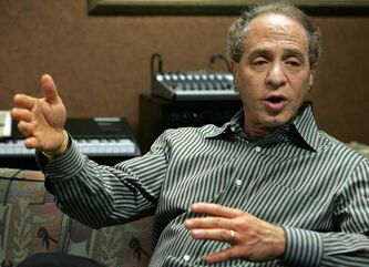 Science writer Ray Kurzweil believes the future is bright.