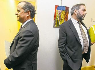 Candidates Brian Topp (left) and Thomas Mulcair