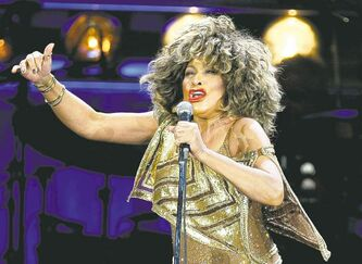 U.S. singer Tina Turner is getting hitched in Switzerland.